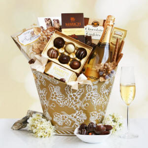 California Delicious Chandon Golden Holiday Desserts Gift Basket