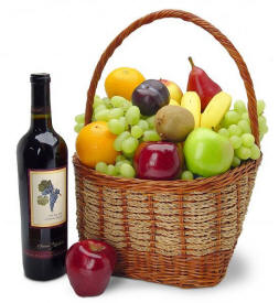 Classic Fruit & Wine Gift Basket