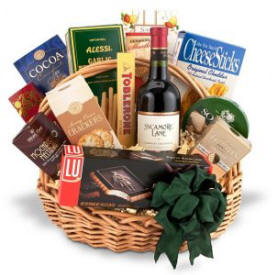 Traditional Wine Basket
