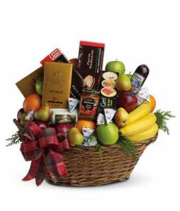Ultimate Christmas Fruit Basket